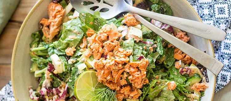 диетический салат с лососем рецепт
