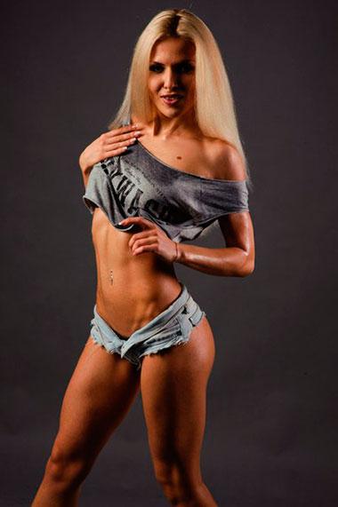 Анна Круковская фитнес бикини