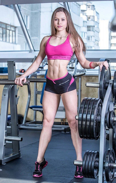 Елизавета Мукминова фитнес бикини
