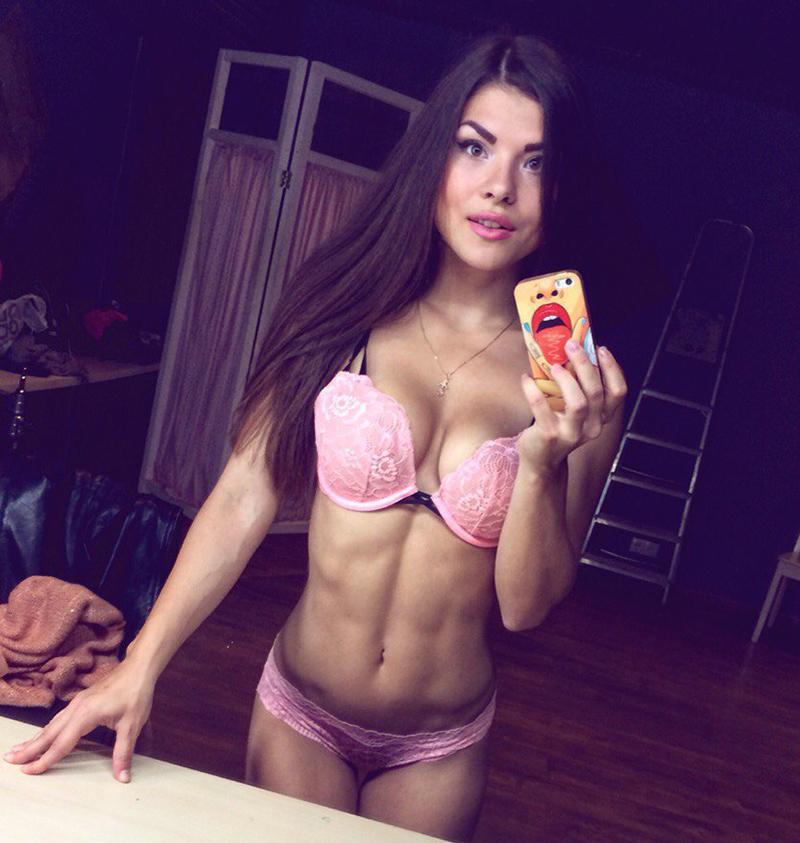 Александра Реброва фитнес бикини