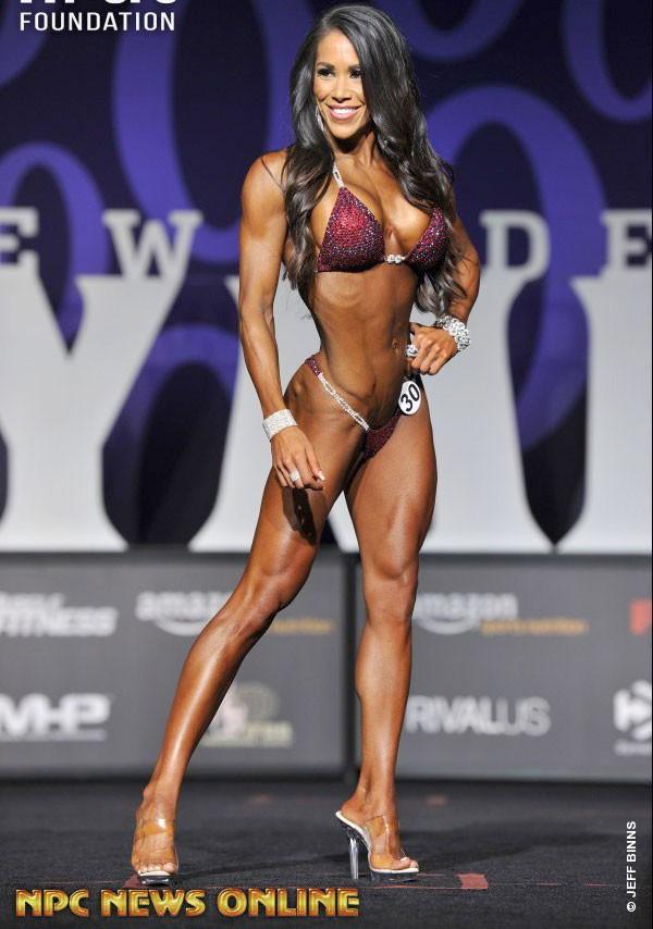 Jennifer Ronzitti фитнес бикини Олимпия 2017