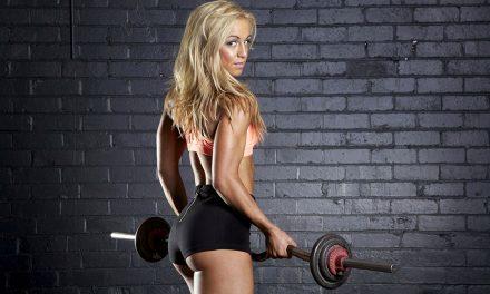 5 упражнений на плечи для девушек